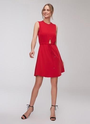 People By Fabrika Belden Büzgülü Kolsuz Elbise Kırmızı